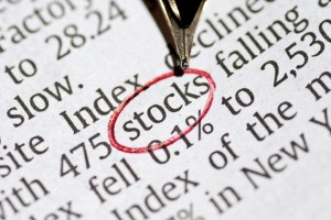 "Leadership speakers and authors Bob Vanourek & Gregg Vanourek use the image of newsprint saying ""stocks falling"" to illustrate the scourge of short-termism."